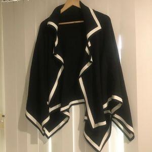 Authentic Burberry London Caitlin Black knit Poncho